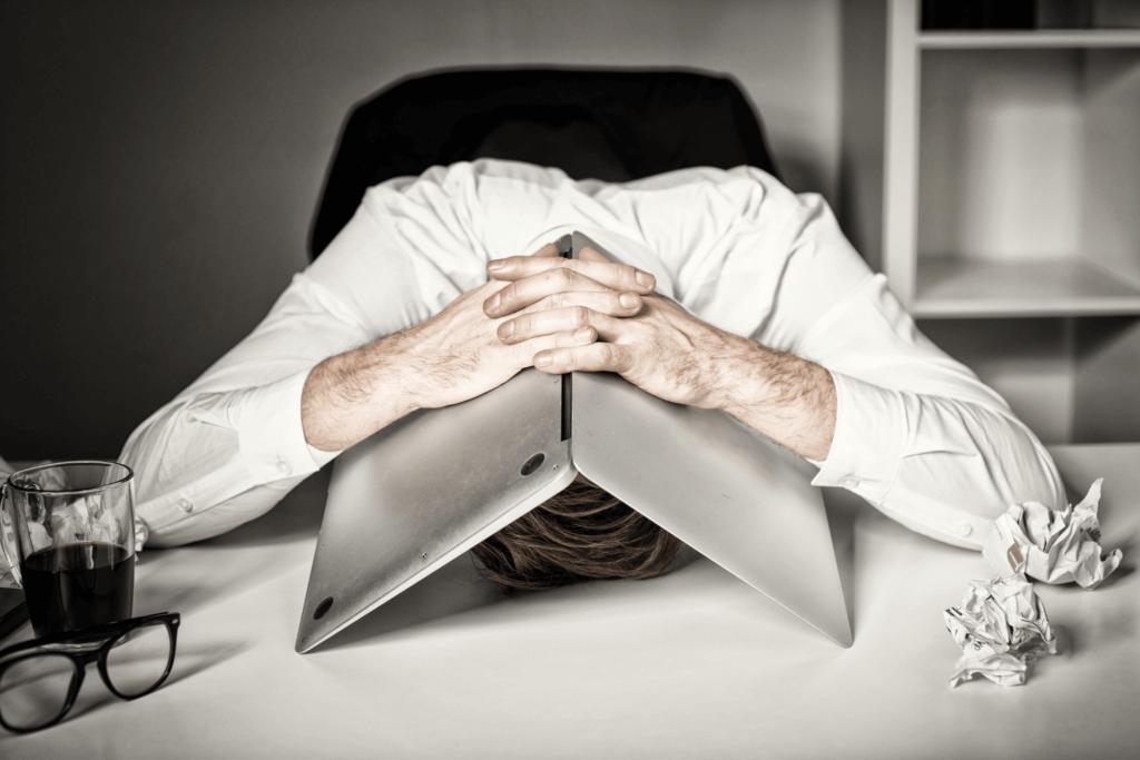 Jak pokonać wypalenie zawodowe - załamanie